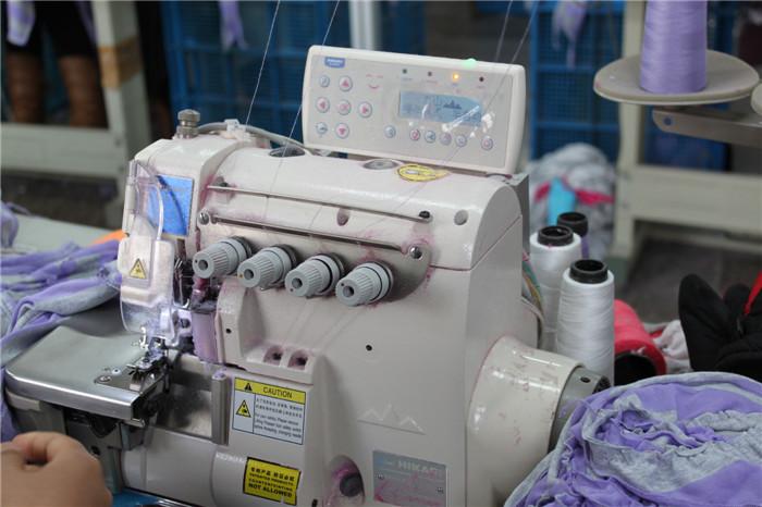 富山6814拷边机在张家港博达羊绒的使用案例